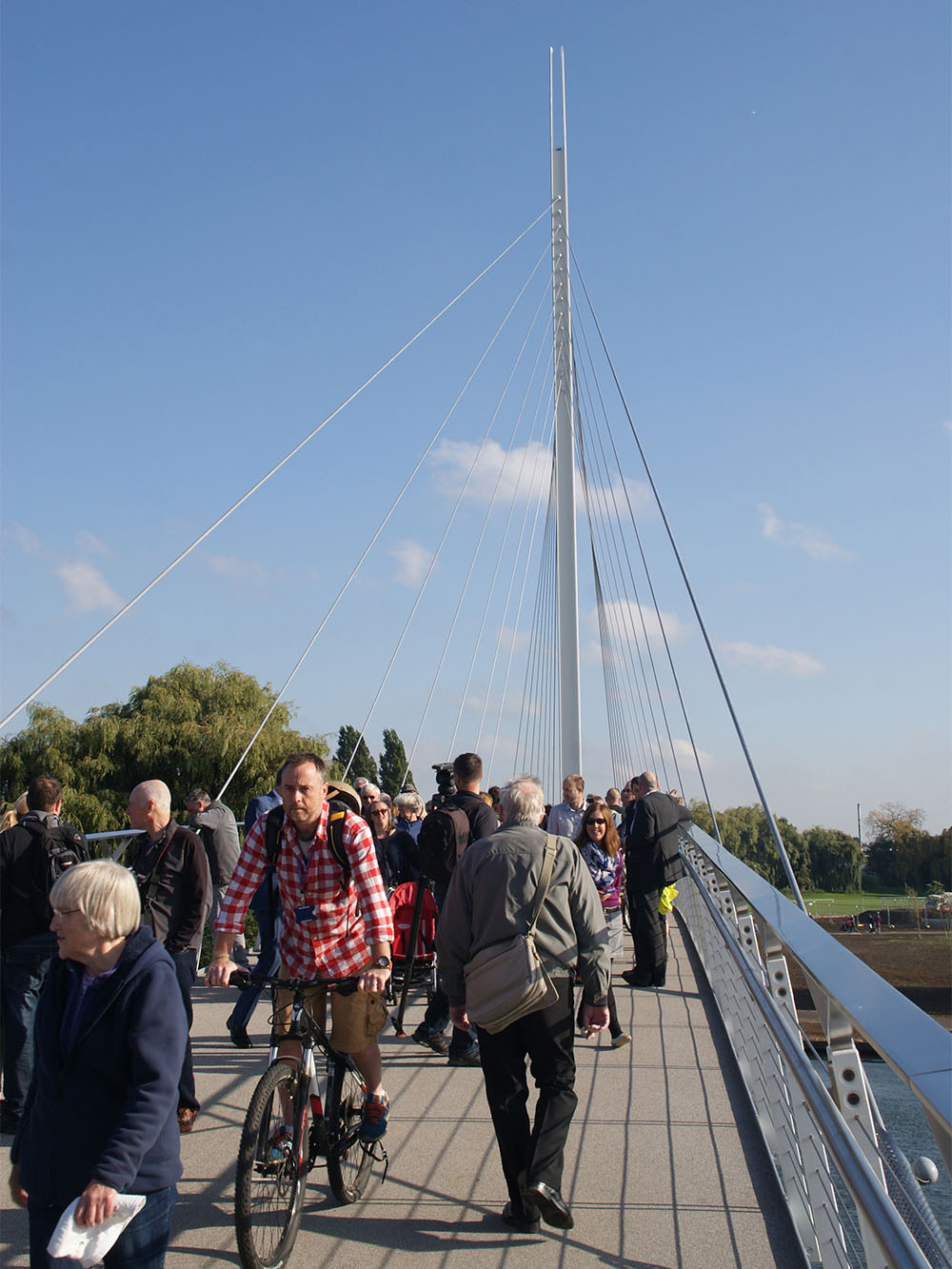 Design Engine Reading Bridge Pedestrians In Use
